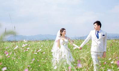 Mr梁&Mrs何